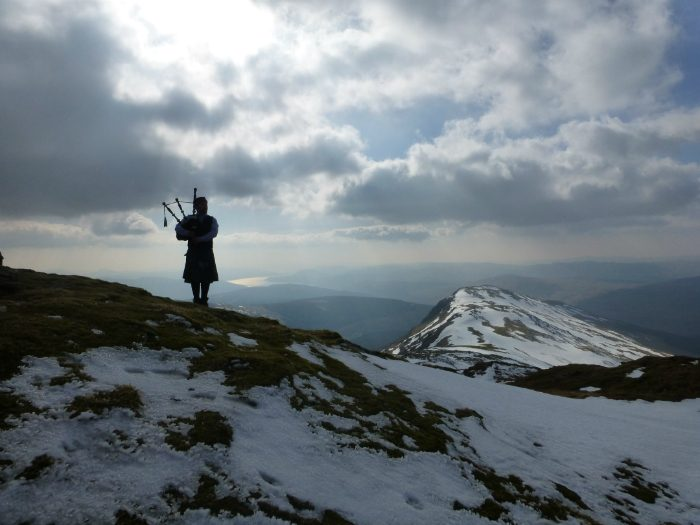 Munro Bagpiper Buy Framed Picture 3